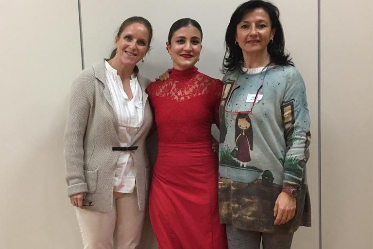 Beatriz Barceló y Mamen Tejedor en los exámenes ACADE