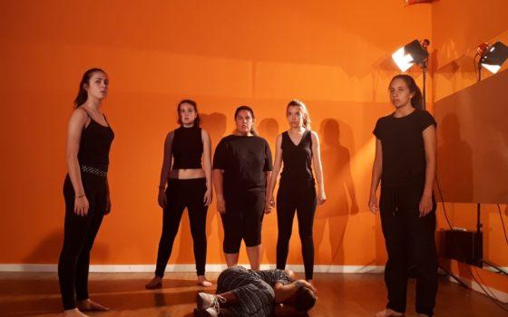 clases de teatro para adolescentes y jóvenes